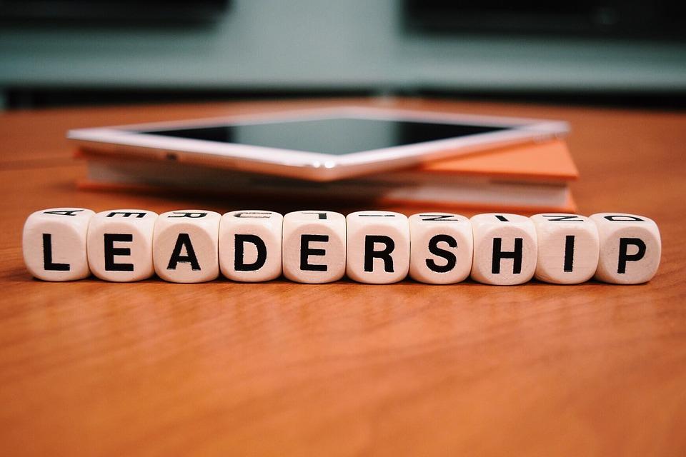 Macam-macam Gaya Kepemimpinan dalam Materi Dasar Kepemimpinan Dalam Organisasi